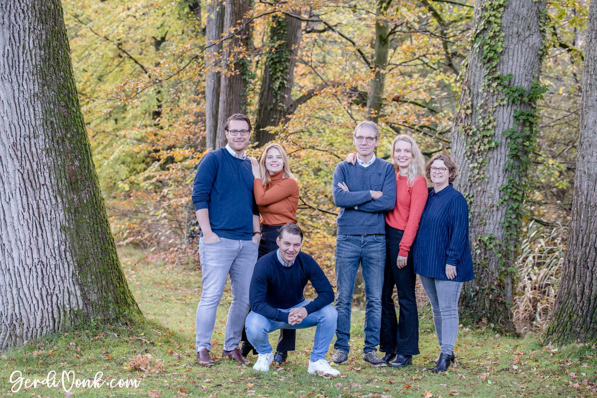 2019-11-03 Karin en familie logo 55