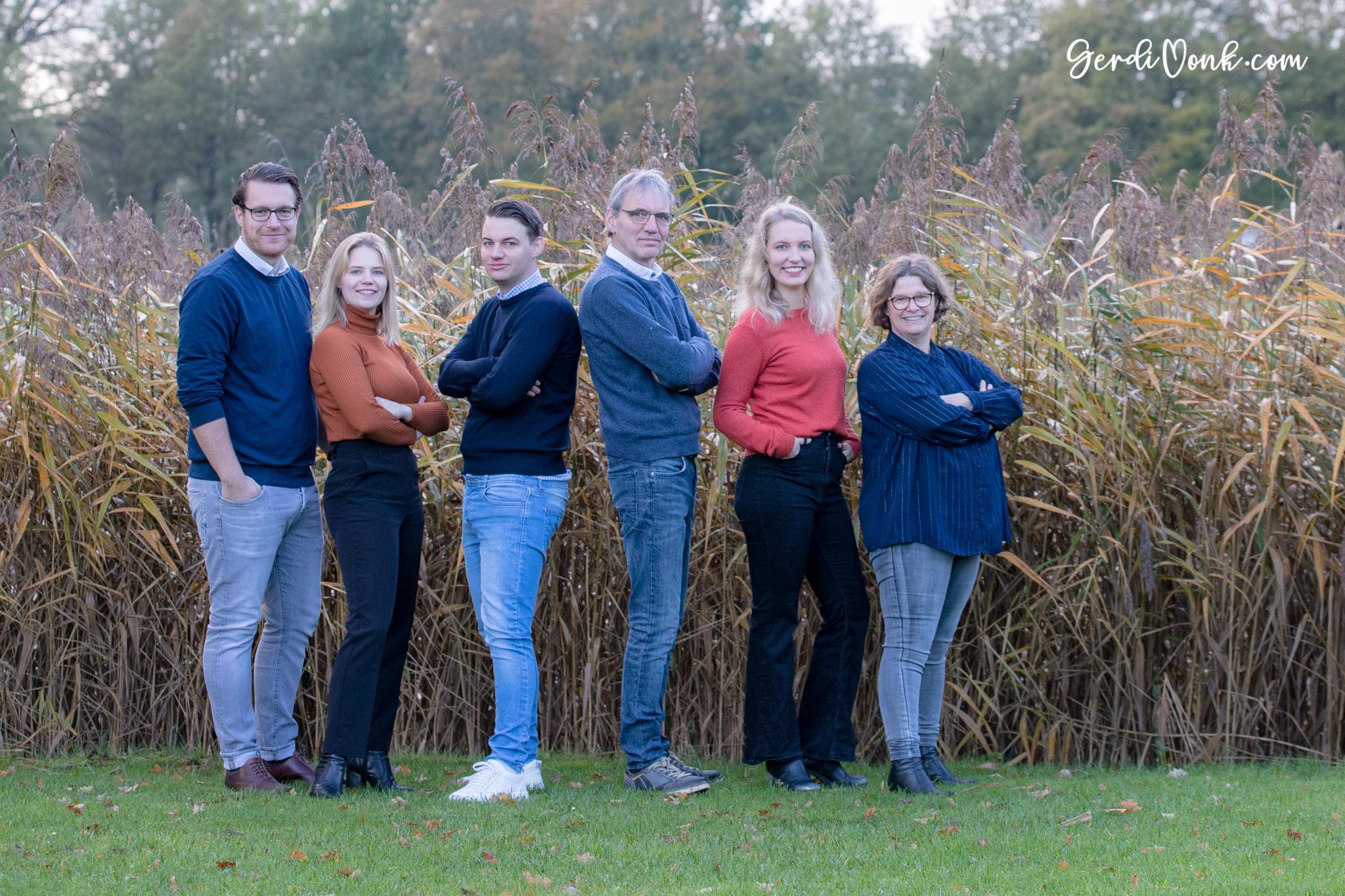 2019-11-03 Karin en familie logo 7